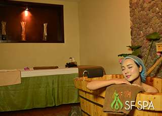 sf-spa-wooden-bathtub-soaking-massage